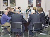 Общественная палата Ивановской области провела круглый стол по вопросу изменений в федеральный закон «О выборах Президента Российской Федерации»