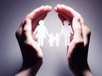 Главное — сохранить  ребенку семью