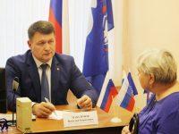 Депутат Ивоблдумы Василий Максимов провел прием граждан