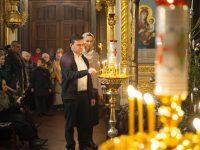 В честь светлого Рождества Христова прошли праздничные богослужения
