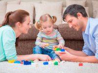 В области продолжается прием заявлений на детские выплаты