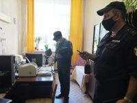 Комсомольские школы проверили на пожарную безопасность