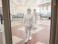 Брифинг по итогам заседания оперативного штаба по борьбе с коронавирусом 19 октября: увеличение числа пациентов с тяжелым течением заболевания в возрасте 18-45 лет