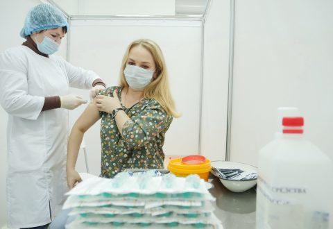 В Ивановской области проходит вакцинация от коронавируса